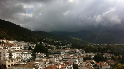 Le ciel s'assombrit sur l'Espagne © MajorBlog.net 2012